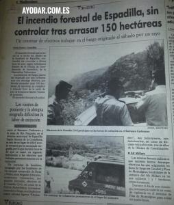 En Espadilla, el lunes 4 de Julio de 1994, el fuego seguía sin control en el Barranco de las Carboneras.