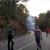 Un coche provoca un incendio en Ayodar